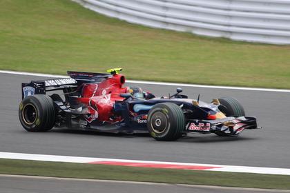 Toro Rosso STR3 with Sebastian Vettel