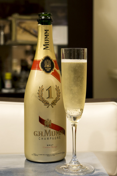 G.H.MUMM No.1 NIGHT EDITION
