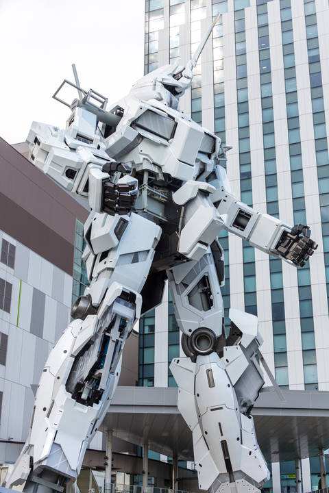The Life Sized UNICORN GUNDAM Statue