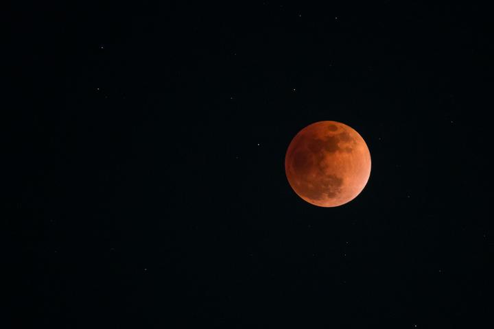 赤き月の刻